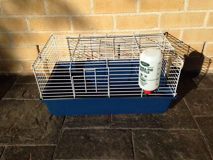 Rabbit/Guinea pig cage  Mount Annan Camden Area Preview