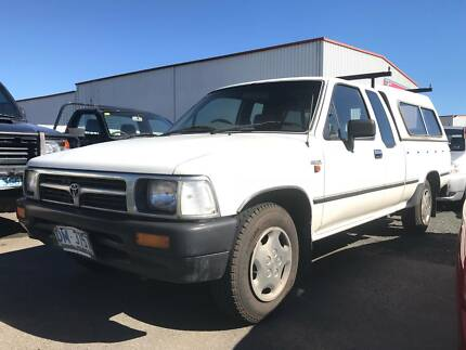 1996 Toyota Hilux extra cab Ute & Toyota hilux 2.7 flat tray with canopy | Cars Vans u0026 Utes ...