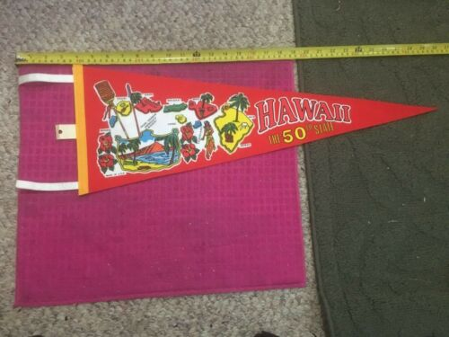VINTAGE - Hawaii Pennant KAUAI OAHU MOLOKAI MAUI HILO LANAI NIIHAU KAHOOLAWE 50