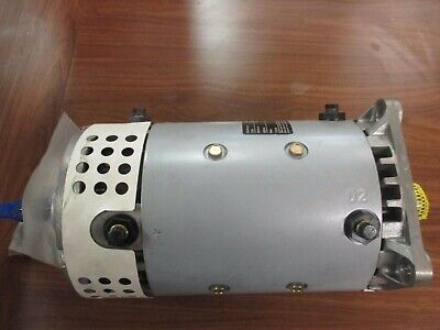 Crown 72v Dc Electric Swingmast Forklift Motor Pn 020334 Model W7ad01