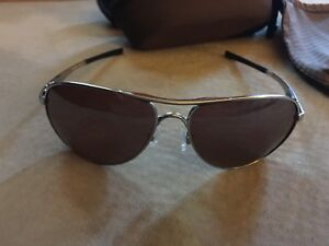 Oakley Polarized Aviators w/case and bag