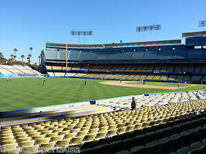4 BRAVES vs DODGERS TICKETS 6/8 FIELD AISLE Atlanta @ LA Los Angeles OLD TIMERS