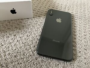 iPhone XS MAX 64gb UNLOCKED New condition 3 Months warranty