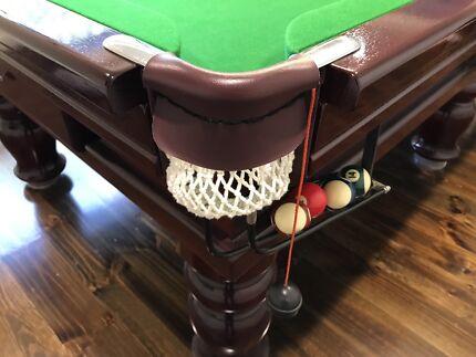 9 FT Mahogany pool table