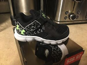 Brand new Under Armour infant boys runners