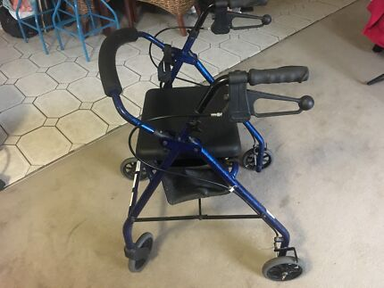 Mobility frame with hand brakes and seat as new | Other Home ...