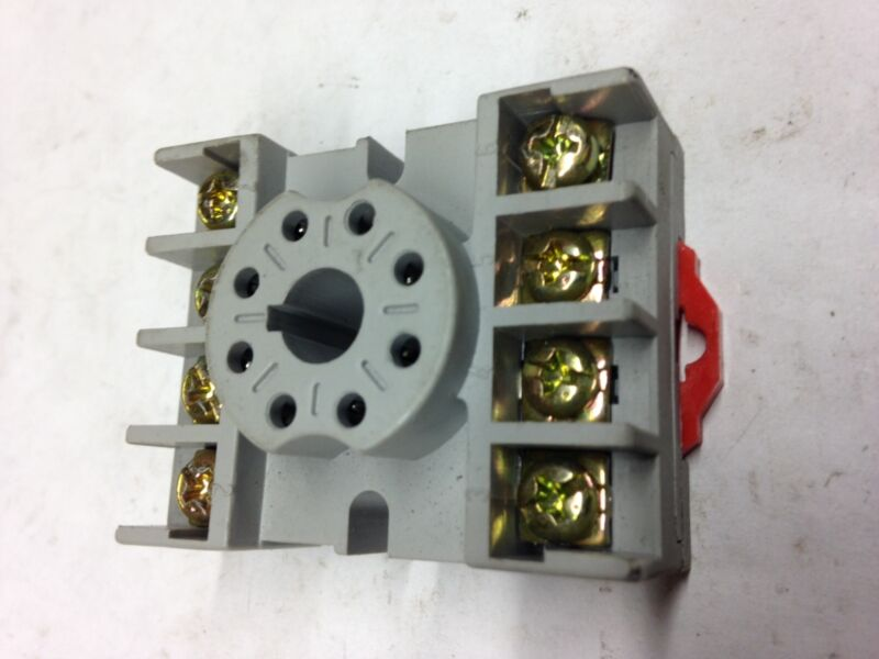 8501NR51B Square D Relay Socket (lot of 16)