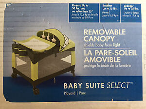 Evenflo playpen / playard w/ bassinet and change area