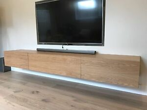 Neo solid American oak hardwood timber wall mounted entertainment unit Minto Campbelltown Area Preview