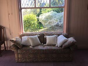Moran sofa/lounge (double sofa bed) Springfield Mitcham Area Preview