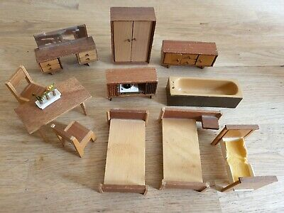 Vintage dolls house furniture job lot