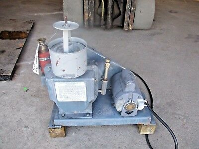 Welch 5kc475673e Duo Seal Vacuum Pump 115230v 136.5a 1hp 726820h Used