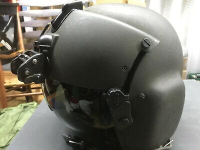 Gentex HGU-56P helicopter flight helmet, ANVIS 6 mount , TPL & Helmet Bag, CEP's