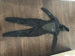 Women's Cold Water Full Body Wetsuit w/hood, boots, and gloves