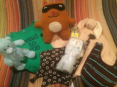 A Collection of Baby Gifts - Lovely GiftS for a New Mother !