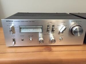 HITACHI HA-330 Amp & FT-340 AM FM