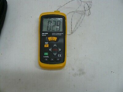 Cen-tech 92242 Digital Thermometer With K Type Probe