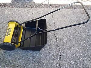MCULLOCH PUSH CYLINDER MOWER EASY CUT 350 & CATCHER Redland Bay Redland Area Preview