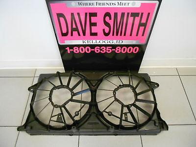 GM OEM-Radiator Cooling Fan Blade Shroud 23123635