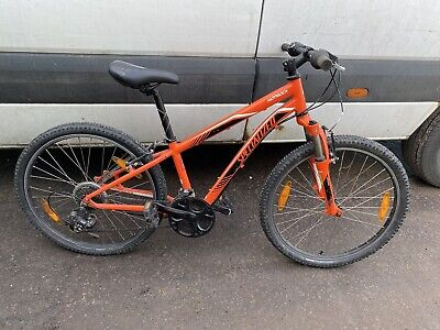 SPECIALIZED MOUNTAIN BIKE WITH 24 INCH WHEELS AS ACQUIRED SPARES REPAIR