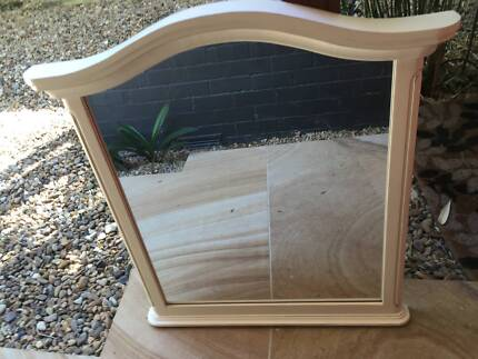 Lovely french provincial style mirror Northbridge Willoughby Area Preview