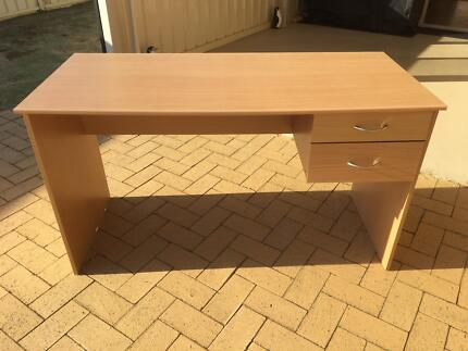Desk with 2 drawers light woodgrain finish in neat used condition