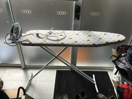 Kambrook Iron with Large Ironing Board (Combo)