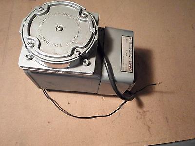 Gast Compressor Vacuum Pump Doa-v191-aa For Parts Or Repair