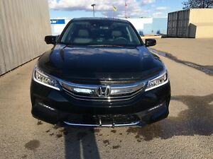 2016 HONDA ACCORD TOURING . LOW KM. BRAND NEW