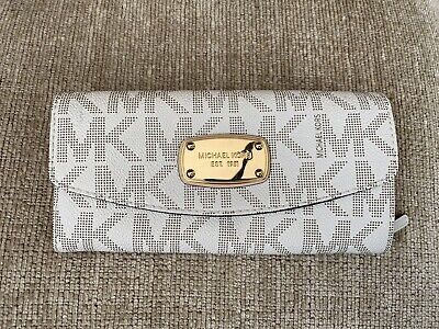 Michael Kors Wallet - Colour: Vanilla - Folded Wallet With Button And Single Zip
