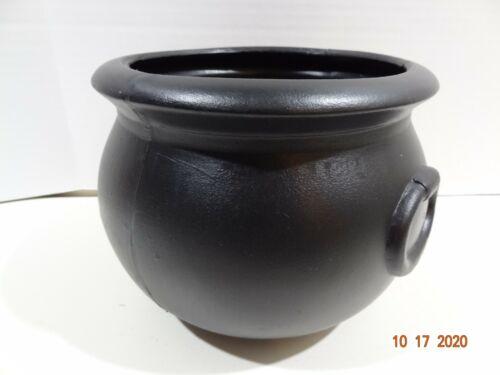 "Vintage UNION PRODUCTS 1987 Blow Mold Black Plastic 9"" Witch Cauldron Pot o Gold"