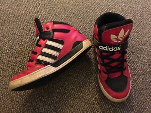 Boys/Youth - Adidas - Size 3