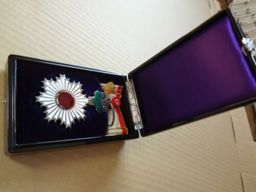 WWII WW2 JAPANESE ARMY ORDER RISING SUN 3TH MEDAL ANTIQUE RARE badge 1A3