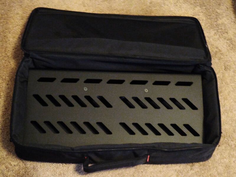 Gator GPB-BAK-1 Pedal Board pedalboard Large w gig bag GREAT CONDITION