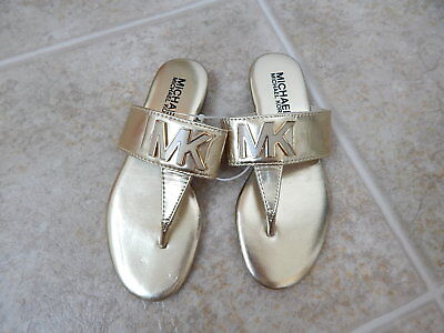Michael Kors girls Demi Becca sandals slip on Gold NWOB New. size 32/ US 1
