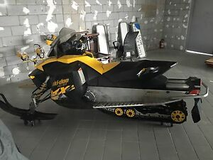 2010 ski doo mxz800R priced to sell
