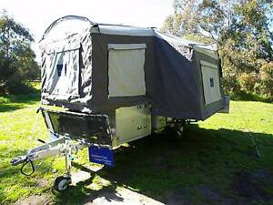 Broome Pearl Hard Floor sleeps 6 camper trailer 240/12V Yangebup Cockburn Area Preview