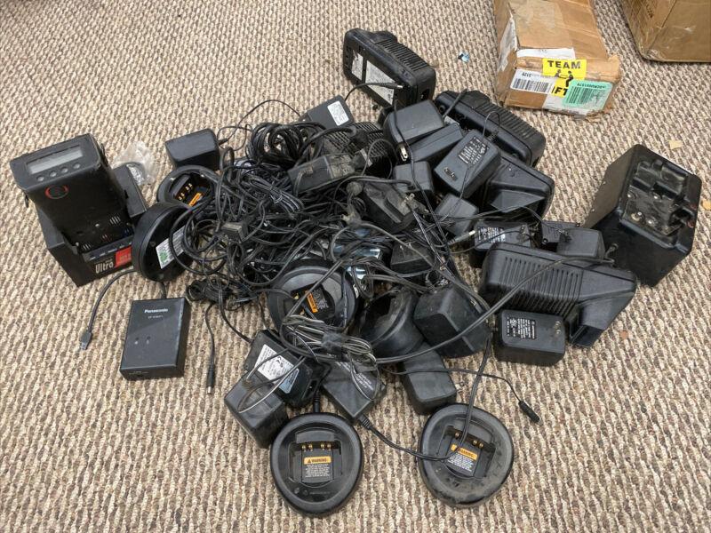 Lot Of Motorola Chargers - HTN9000B NTN7209A 481809OO3NT