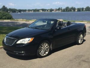 Chrysler 200 touring (special edition) convertible 2011