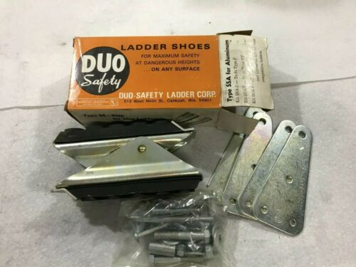 One Pair Duo Safety Ladder Shoes Type SSW    (i18)