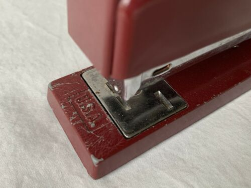 Vintage Swingline 747 Office Desk Top Stapler Burgundy Color TESTED Made In USA - $11.99