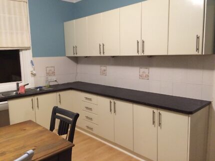 Entire kitchen base and overhead cabinets Coolamon Coolamon Area Preview