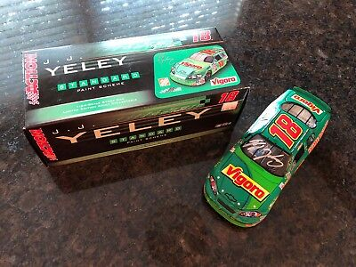 NASCAR 1/24 autographed auto diecast 2006 Vigoro JJ Yeley Monte Carlo for sale  Shipping to Canada
