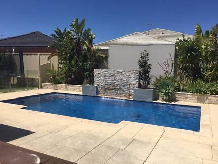 Burns Beach - Executive Home with Swimming Pool & Heated Spa