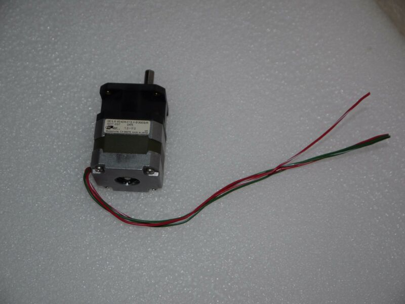 APPLIED MOTION PRODUCTS 5.6 VDC 0.42A STEP MOTOR 5017-057 13.4 OHM