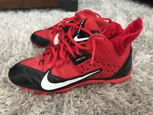 Nike football cleats great condition