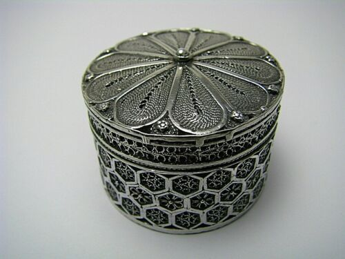 STERLING SILVER SPICE BOX 925 SILVER BESAMIM FILIGREE Middle East Judaica Rare!