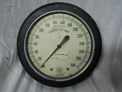 Vintage Acco Helicoid Test Gage For Nitrogen Up To 300psi 7 12dia
