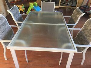 Outdoor table and chairs Lennox Head Ballina Area Preview