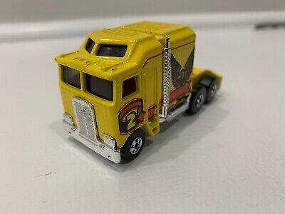 1982 Mattel Hot Wheels Thunder Roller - Kenworth K100 Yellow Semi Truck - 1:64